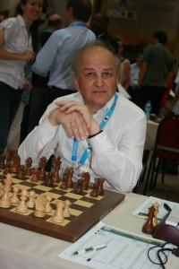 GM Alexander Beliavsky (2624) Istanbulin olympialaisissa 2012