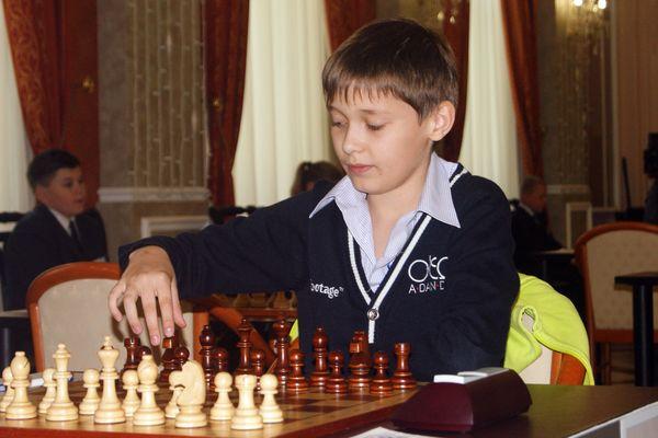 Nuoria lupauksia ShakkiNetin kansainvälisessä turnauksessa