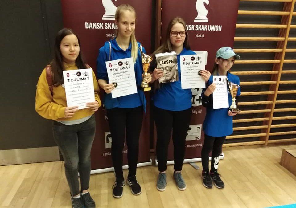 Tyttöjen PM-kisasta kaksi kultaa Suomeen